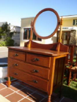 Ridgways Furniture