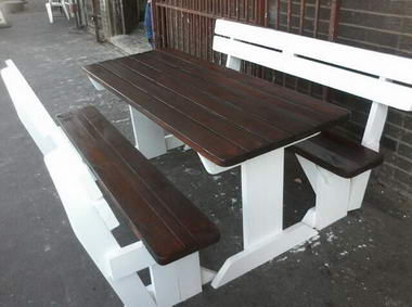 V & M Benches